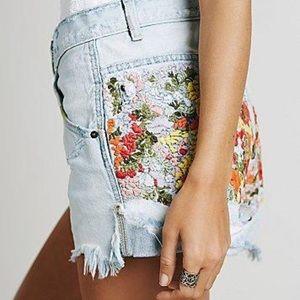 Elsa Embroidered denim shorts